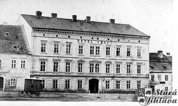 Black and white whotograph of the street facade of the Czap Hotel Iglau (Jihlava), c. 1900