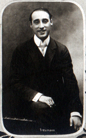 b&w photograph from a postcard, of Louis Treumann (not in costume)